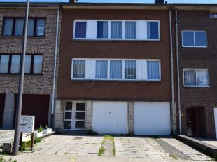 Termolenhoflaan 30: Appartement trois chambres de 110m² au 2ème étage + au 3ème étage: un studio de 50m² avec un