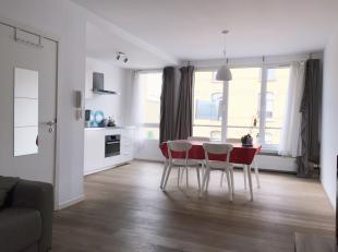 We vinden dit duplex appartement in het hippe zuid van antwerpen. Het appartement is volledig gemeubeld en voorzien van alle nodige huisraad zoals sto