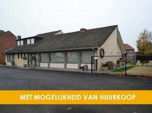 Horecagebouw te Kuurne.<br /> Het feestzaaltje Rustique is gelegen in het centrum van Kuurne, tegenover de Hippodroom. Het is sinds jaar en dag de ide
