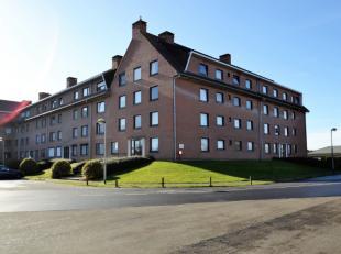 Ruim appartement (102 m²) op een rustige locatie.Dit appartement op het gelijkvloers van residentie De Molen, is rustig gelegen, doch nabij de ui