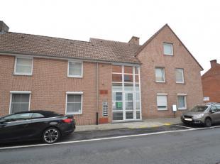 Appartement (75 m², bouwjaar 2005) in het centrum van Ledegem.Dit knus en gezellig appartement is gelegen op de 2de (bovenste) verdieping van res