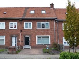 Rustig gelegen woning met 4 slaapkamers.Deze woning is rustig gelegen, nabij het Olympiadeplein en op enkele minuten van het centrum van Kortrijk.De w