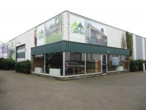 Oreon Properties presenteert:<br /> Dit polyvalent bedrijfsgebouw kent een gunstige ligging aan de rand van de KMO zone  Bosduin te Kapellen /Kalmthou