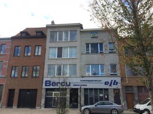 Ruime en zonnige appartementen te koop tussen het Lobroekdok en Park Spoor Noord.<br /> 3 appartementen te koop in een klein gebouw, de appartementen