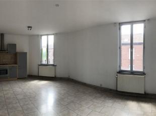 Appartement très lumineux situé au premier étage dans un immeuble calme. A 10 minutes de la gare à pied.<br /> Cet apparte