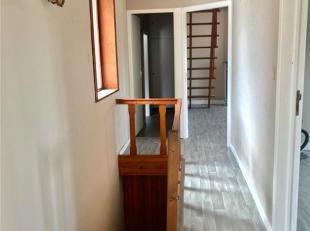 Bel appartement 2 chambres repeint dernièrement.<br /> Situé à 2 pas de la frontière, des grands axes et des commerces.<br