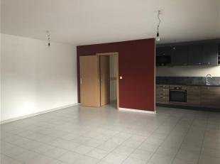 Superbe appartement de plain-pied d'une superficie d'environ 80 m² extrêmement bien situé dans une résidence récente