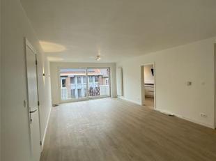 Appartement entièrement rénové (fin des travaux en septembre 2019) au deuxième étage desservi par un ascenseur se c