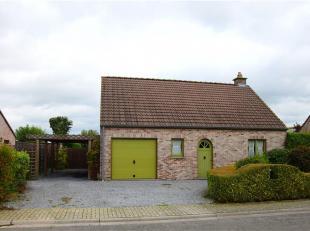 Située dans la campagne Celloise, nous vous présentons cette jolie maison 4 façades nichée idéalement dans un clos
