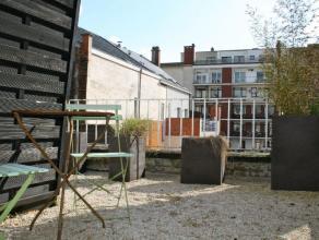 Zeer mooi ingericht en gemeubileerd appartement met zicht op het oude justitiepaleis. Gelegen in het verlengde van de Veldstraat biedt dit appartement