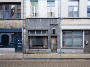 Ideaal kleinschalig project voor wie op zoek is naar een uitvalsbasis in het historische centrum van Gent.De rustige straat bevindt zich op wandelafst