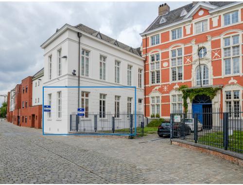 Espace de bureaux à louer à Gent, € 850