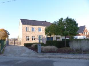 Voor een bezoek of meer informatie bel 054/69.39.31 - Op een prachtige locatie in Zottegem bevindt zich deze charmante en energiezuinige HOB in pastor