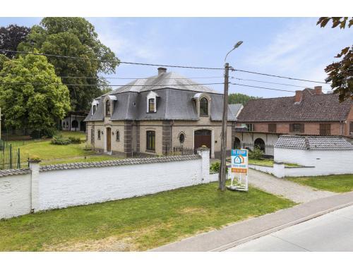 Uitzonderlijke woning te koop in Geraardsbergen, € 385.000