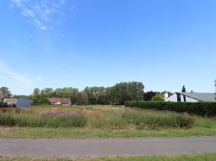 Voor een bezoek of meer info bel 054/69.39.36 <br /> In Aspelare biedt Topo-Immo dit perceel bouwgrond (LOT 25 a) aan voor een half open bebouwing op