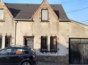 Boignée, belle petite maison 3 façades SANS jardin NI cours avec un garage en cours de rafraîchissement (elle sera totalement repe