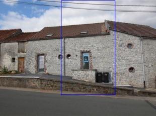 Maison avec extérieur rénovée disposant de:<br /> Séjour ouvert sur la cuisine, vestiaire, wc, salle d'eau, 2 chambres et