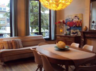 Sint-Katelijne, Vismarkt en Dansaertbuurt.<br /> Aangenaam appartement in een authentiek gebouw daterend uit 1850.<br /> Deze beschikt over een ruime