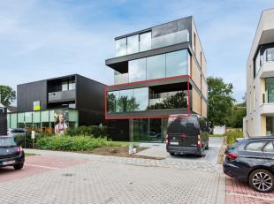 Prachtig nieuwbouw appartement in een kleinschalig project met 6 wooneenheden aan de Koning Albert I laan. Dit appartement is gelegen op wandelafstand