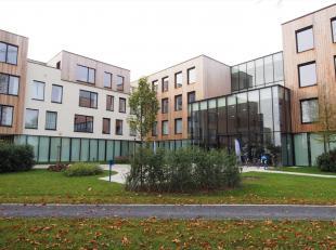 Op een boogscheut van de historische stad Brugge en vlak bij AZ St Jan ligt deze assistentiewoning in residentie Prinsenhof Senior Resort, dat dienste