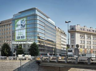 Categorie Gebouw Gebouwd in 2010 Specifieke kenmerken Totaal kantoren van +/- 8.596 m² op 12 verdiepingen + gelijkvloers Â