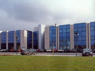 - Astrid Business Center omvat 4 gebouwen - Astrid III : totaal van +/- 1.795 m² op 0 +2 verdiepingen - Vloertype: +/- 622 m²² - Opspli