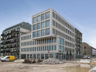 Leeftijd gebouw - Project Specifieke kenmerken - De kantoren kunnen op maat ingericht worden. - Alle verdiepingen hebben zicht op de jachthaven.
