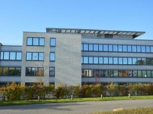 Leeftijd gebouw Bouwjaar 2009 Specifieke kenmerken Fase V omvat 3 gebouwen Totaal gebouw P3 : 3.616 m² op 0 + 3 verdiepin