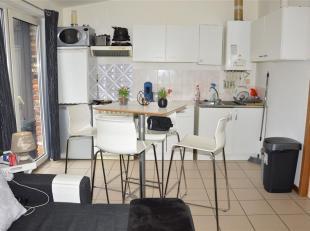 L'immobilière L.A. de COURT-ST-ETIENNE vous propose un espace dans lequel vous vous sentirez tout de suite chez vous ! Petit hall dentré