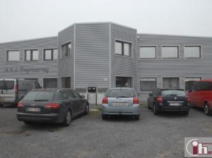 Zoning Nord de Wavre : dans un bâtiment industriel location +/-50 m² de bureaux .<br /> L'espace est composé de d'un esapce bureau d