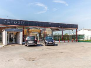 PERWEZ - Situé sur un axe de passage fort fréquenté, immeuble commercial de près de 500m² offrant une visibilit&eacut
