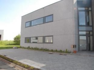 Espace bureaux de 120m² situé dans le zoning-Industriel de Wavre, idéalement situé près de la E411. Bâtiment ne