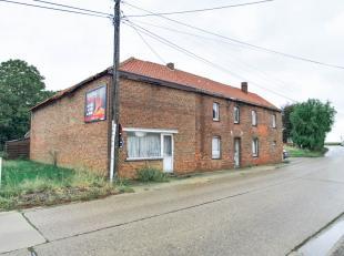 In de Hernerweg te Hoeselt bieden we op huisnummer 2 deze ruime, landelijke woning (317m²) aan. Uniek aan deze woonst is de gezellige, grote hoev