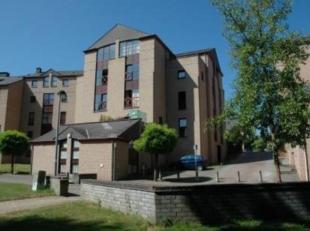 LOUVAIN-LA- NEUVE.Bel et agréable appartement<br /> au rez-de-chaussée.Living de +/- 18 m².Cuisine super équipée.<br