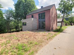 Basse-Bodeux - maison 4 façades en G.O. fermé sur parcelle de ±591m². Comprend séjour, cuisine, salon, sàm, sd