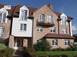 Dans un parc de +/- 40 ares, très beau et spacieux duplex 5 chambres de +/- 300 m² situé au 2ème et 3ème étage