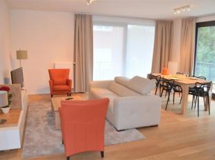 CASALINA Real Estate stelt te huur - een mooi appartement, gemeubeld met woonkamer, 2 slaapkamers en 1 badkamer. Dit appartement is gelegen in de nabi