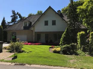 Riante villa gelegen op een perceel van 1351m² in de Kolleberg ! <br /> <br /> Deze woning is gebouwd in 1990 en werd gebouwd met zeer degelijke
