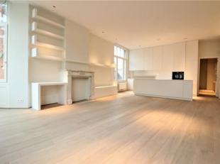 Infos et visites : Anne 0476/896046. A deux pas de la place Brugmann, très bel appartement entièrement rénové en 2019 comp