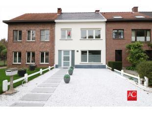Volledig instapklare gerenoveerde woning met leuk terras en tuin.<br /> Sommige woningen hebben het allemaal, een leuke en zeer kindvriendelijke liggi