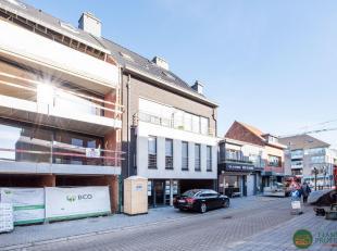 In het centrum van Maldegem op enkele passen van de Markt in de RESIDENTIE WALTHER bevindt zich deze RUIM, PERFECT INSTAPKLARE TRIPLEX met 3-slaapkame