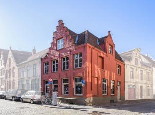 Beleggingspand te koop in centrum Brugge op commerciële ligging. Wordt momenteel uitgebaat als horecazaak Vino Vino.<br /> SPECIFICATIES:<br />