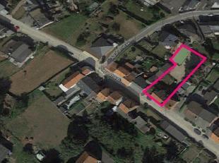 Dit ruime perceel van 789 m² is rustig gelegen aan de Piepestraat 7A te Zichen, een gezellige deelgemeente van Riemst.  Het bevindt zich op slech