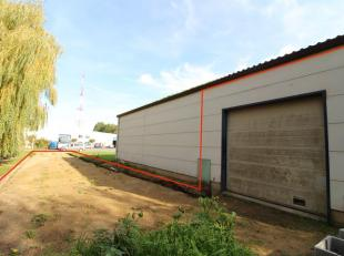 Trust a le plaisir de vous présenter cet agréable entrepôt situé dans le zoning Nord de Wavre. Surface au sol de 80 m2 + Me
