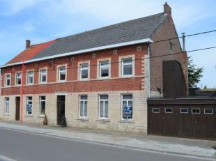 Trust a le plaisir de vous présenter cette belle maison villageoise de 275m² aux pierres de la région, idéalement situ&eacut