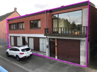 Drie appartementen op een perceel van 6a68ca.<br /> In zijn geheel aan te kopen!<br /> Het appartementen complex bestaat uit een:<br /> - gerenoveerd