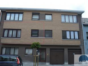 Vlakbij het centrum van Hasselt, op wandelafstand van het station vinden we dit appartement met 2 slaapkamers, ruime woonkamer en uitgeruste keuken. H