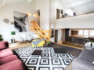 Quartier Dansaert , à proximité de la Place Sainte Catherine - Magnifique duplex/Penthouse meublé 1 chambre d'une superficie de 1