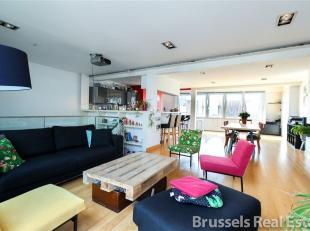 A 250 m du Grand' Sablon - Magnifique penthouse en duplex de +/- 200m² avec terrasse plein Sud de 80 m2 - Living de +/-70 m2 avec cassette /desig