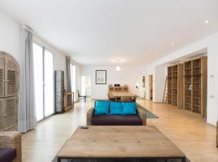 Rue Bodenbroek 22 (bte2) à 1000 Bruxelles - En plein cur du Bruxelles, dans un immeuble prestigieux, fleuron du quartier du Sablon, ce spacieux